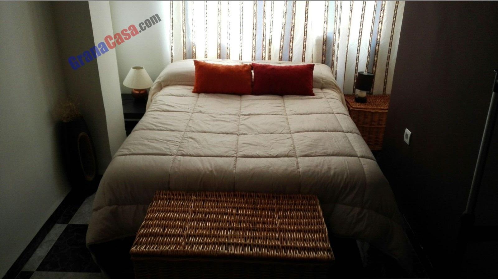 Piso de 3 dormitorios con wifi y capacidad para 7 personas for Alquiler de habitaciones para 3 personas