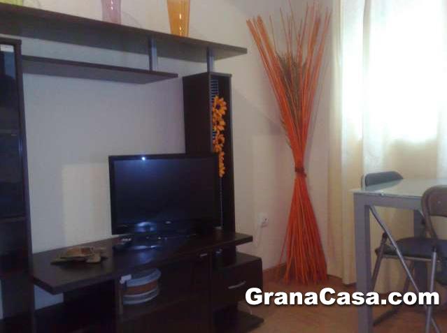 Piso reformado de 2 dormitorios en avenida de madrid for Piso 2 habitaciones madrid
