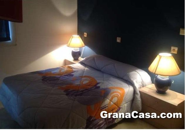 Apartamentos en bola de oro con piscina granacasagranacasa for Piscina cubierta bola de oro granada