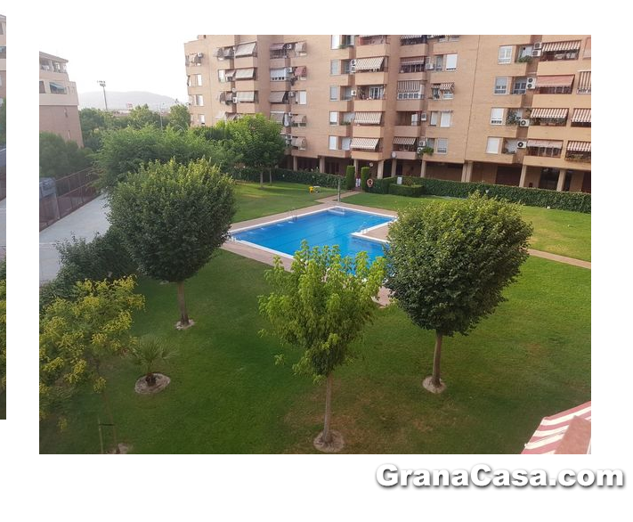 Piso de 4 dormitorios y 2 ba os con piscina en chana for Pisos 4 dormitorios malaga