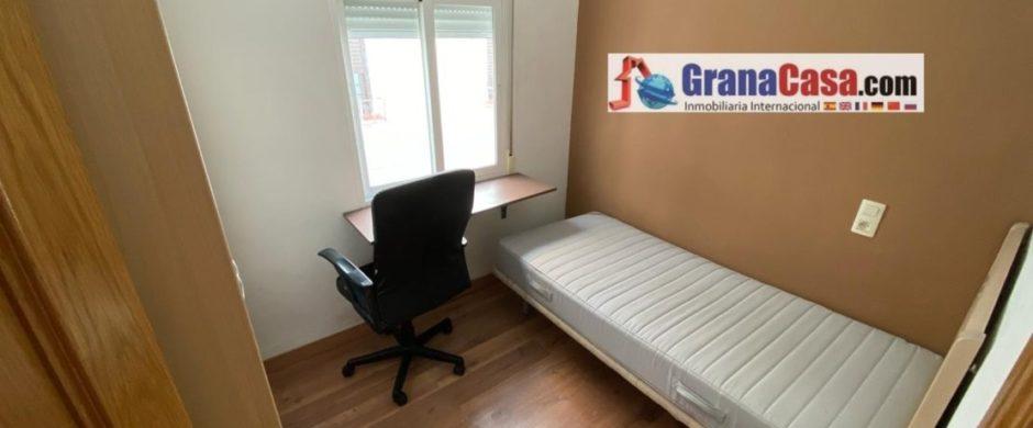 Piso de 3 Dormitorios en Calle Sol (Granada- centro)